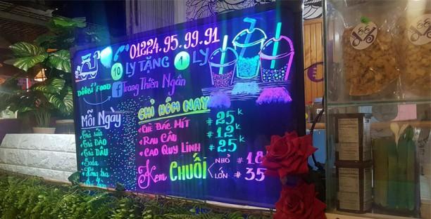 Mẫu bảng led viết tay TTC dùng cho quán Trà Sữa, Quán Caffee, Quán nước ven đường.